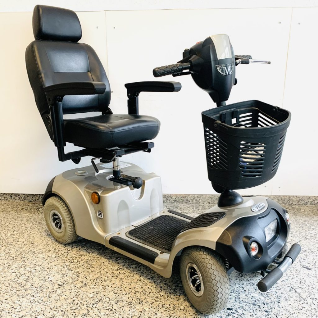 neo 8 rental scooter